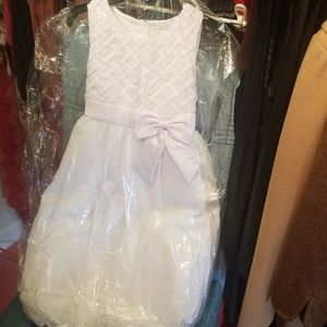 "Size 7 ""Rare Editions"" girls all white dress"